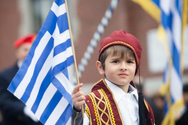 Оформление вида на жительство для родителей несовершеннолетних граждан Греции
