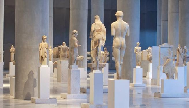 Минкультуры Греции объявило о краже древностей, выставленных на продажу в Лондоне