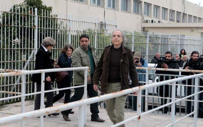 АнарÑисты протестуют против запрета отпусков террористу