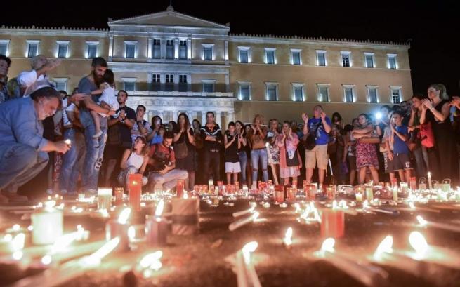 Принят закон о помощи жертвам пожаров в Аттике