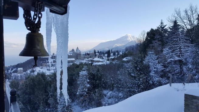 Снег на Афоне