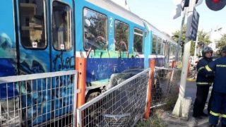 Столкновение поезда с автомобилем в Волосе