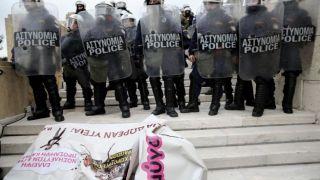 В Афинах прошли столкновения между полицией и демонстрантами (фото-видео)