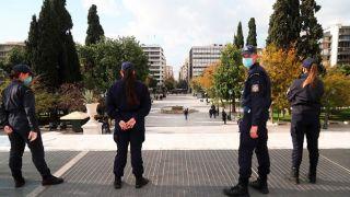 Греция: Запрещены митинги более на 100 человек