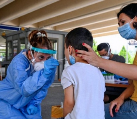 Опасения экспертов: вторая волна коронавируса в августе?
