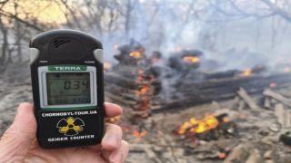 Пожар в Чернобыле грозит миру распространением радиации