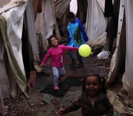 Греция одобрила ходатайства для 10000 беженцев