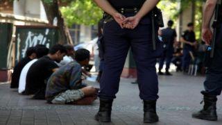 Полиция арестовала 28 наркодиллеров в Афинах