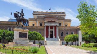 Национальный исторический музей Греции (старое здание парламента)