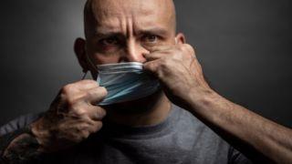 Исследование: тот, кто не носит маску, является социопатом