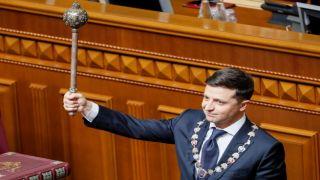 Зеленский заявил, что распускает Верховную раду Украины