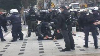 Салоники: противостояние полиции и студентов на митинге