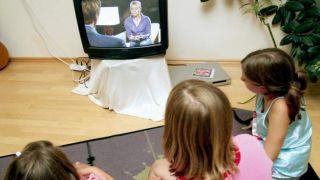 Греция будет использовать государственное телевидение для обучения школьников