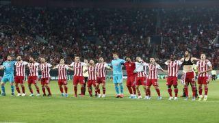 Олимпиакос делает уверенный шаг к групповому турниру Лиги чемпионов