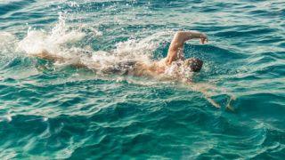 Запрет плавания: нарушение прав человека?