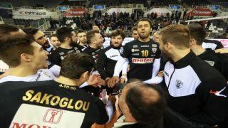 Греческие волейбольные команды продолжают борьбу в еврокубках