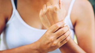 Онемение рук — дискомфорт или признак заболевания