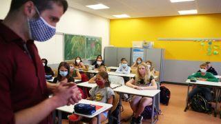 Мнение эксперта: школы Греции откроют после январских каникул