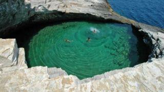 Природные купальни Греции, просто созданные для отдыха
