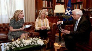Тема мраморов Парфенона на встрече президента Греции с правозащитником из США