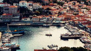 Где иностранцы ищут недвижимость в Греции