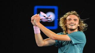 Стефанос Циципас побеждает своего кумира и легенду мирового тенниса