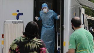 Антирекорд: 882  новых случая и 15 смертей за последние 24 часа