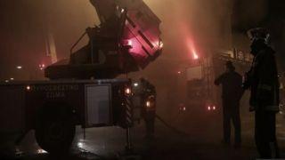 Снова горят автомобили в  Афинах и Пирее