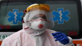 Греция: сколько врачей и медсестер заразилось COVID19