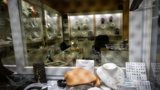 Омония: Неудачная попытка ограбления ювелирного магазина