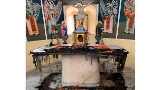 Мигранты сожгли алтарь в церкви на Хиосе