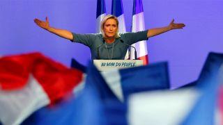 Если Марин Ле Пен проиграет на президентских выборах во Франции, там может начаться гражданская война