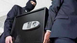 Голливудское ограбление: Украдены 2 сейфа с миллионом евро