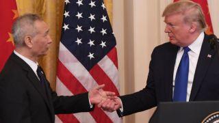 Конец торговой войне? США и Китай заключили крупнейшую в истории торговую сделку