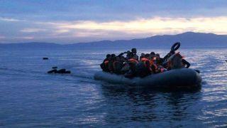"Лагеря для беженцев, ""трещат по швам""."