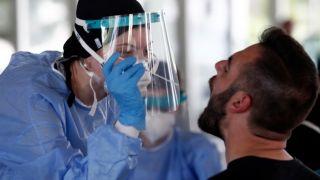 Греция: эксперты опасаются резкого всплеска случаев Covid-19