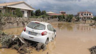 Пособие в размере 600 евро пострадавшим от наводнения на Эвии