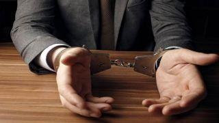 Мужчину арестовали за то, что он угрожал депутатам из-за голосования по сделке Преспеса