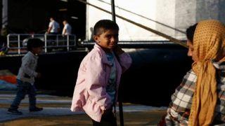 Перемещение уязвимых категорий беженцев на греческий материк продолжается