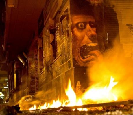Беспорядки в районе Политехнио (обновлено)