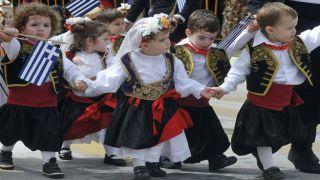 Греческие народные традиции, связанные с 25 марта