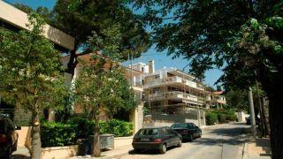 Греческие семьи потеряли 28% своих активов