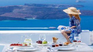 Греция: Более дешевые отели и отдых в этом году