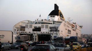 Греция: паромное сообщение возобновлено на все острова