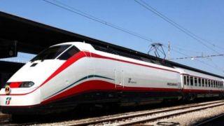 Первые пять суперскоростных поездов прибывают в Грецию летом