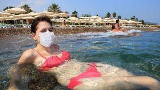 Первые гости из Великобритании начали прибывать в Грецию