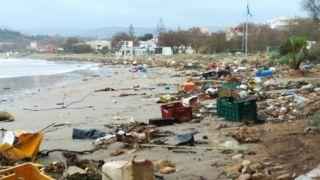 Пляжи Ханьи... после обрушившейся на Крит непогоды