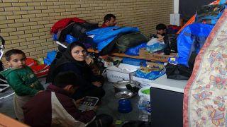 Международная амнистия призывает к закрытию лагеря мигрантов в Эллинико
