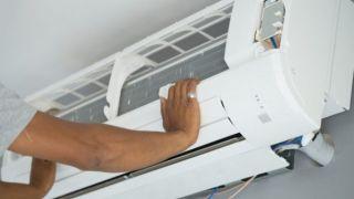 Техник по ремонту кондиционеров жестоко расправился с хозяйкой квартиры