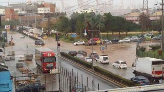 """Тропический циклон """"Зинонос"""" принес ливни и наводнения"""